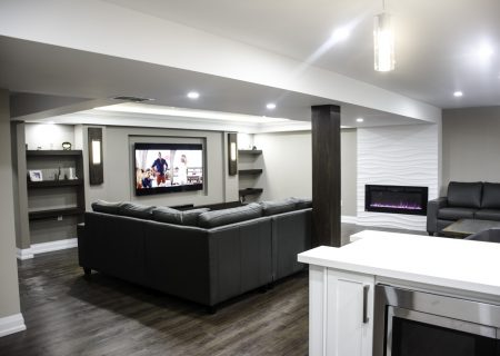 Basement in Toronto
