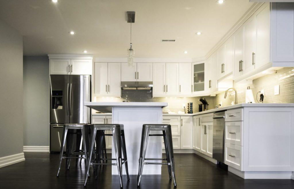 Amazing Classic Kitchen Design in The Basement - Basement Design Oshawa
